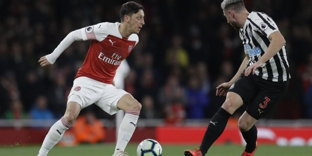 Ozil Need To Develop His Skill If Still Want To Play In Premier League Competition